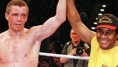 كليتشكو يدافع عن ألقابه في وزن الثقيل أمام بيانيتا