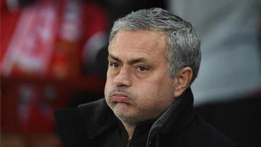 مانشستر يونايتد يتلقى صدمة من وكيل لاعب روما