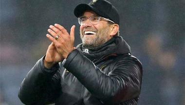 كلوب: أمامنا تحد كبير في مباراة نابولي للتأهل إلى الدور الثاني من دوري أبطال أوروبا