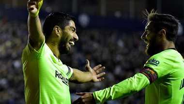 """بالفيديو – ابحثوا عن دوري آخر.. ميسي """"المهيمن"""" يقود برشلونة لدهس ليفانتي"""