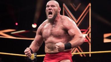 ماذا تفعل WWE ليكون سوليفان هو بديل بروك ليسنر؟! - في الحلبة
