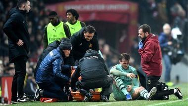 آرسنال متخوف من اصابة مدافعه بالرباط الصليبي