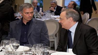 بيريز يفكر في إعادة مورينيو إلى ريال مدريد