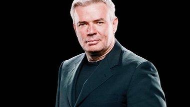 أريك بيشوف يتحدث عن من ابتكر غرفة الاقصاء، وفقرة يوجين في WWE - في الحلبة