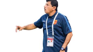 مسفر: تأهل الفجيرة للمحترفين أصعب من وصول المنتخب إلى «مونديال 90»