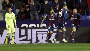 بالفيديو - في غياب ميسي.. برشلونة يسقط أمام ليفانتي ويشعل مباراة الإياب