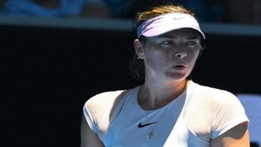 شارابوفا تشن هجوماً على لاعبي التنس