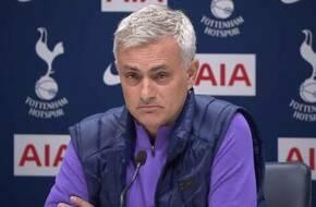 مورينيو يستقر علي عدم تقديم عرض لنجم مانشستر يونايتد في يناير - كايرو ستيديوم - الرياضة