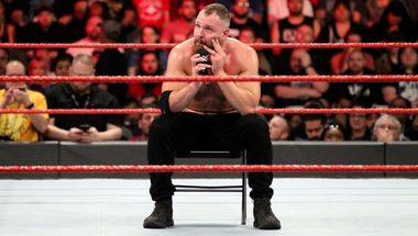 إتحاد WWE لا يريد من دين أمبروز أن يتحدث عن تجديد عقده - في الحلبة