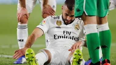 غياب بنزيمة عن تدريبات ريال مدريد.. وشكوك حول مشاركته أمام أياكس