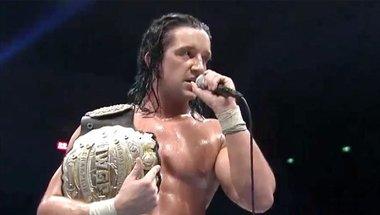 جاي وايت يتوج بطلاً جديداً لحزام IWGP للوزن الثقيل باتحاد NJPW بأوساكا - في الحلبة