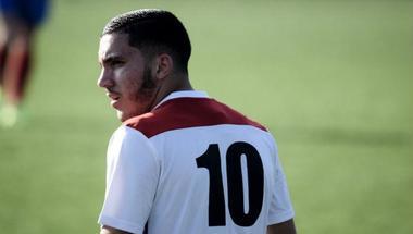 ليون يقترب من تحصين لاعبه الجزائري الشاب