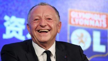 رئيس ليون يفضل بيع هدف قطبي مانشستر ليوفنتوس