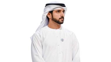 حمدان بن محمد يبارك لمنصور بن زايد الفوز بالدوري الإنجليزي