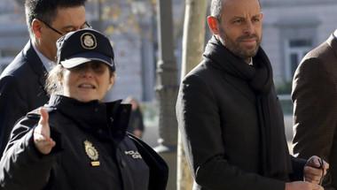 القضاء الإسباني يبرئ رئيس برشلونة السابق روسيل