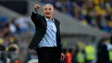 مدرب البرازيل يكشف عن كواليس اختيار قائمة السامبا لكوبا أمريكا