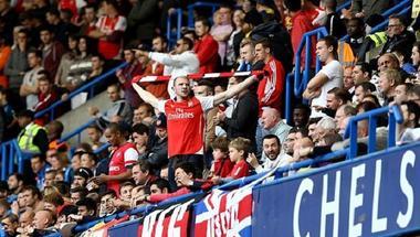 جماهير تشيلسي وأرسنال تقاطع تذاكر نهائي الدوري الأوروبي