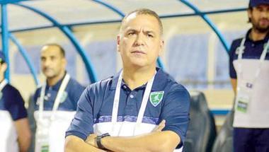 مدرب الفتح يراقب «أمم أفريقيا» قبل تعاقدات الموسم الجديد