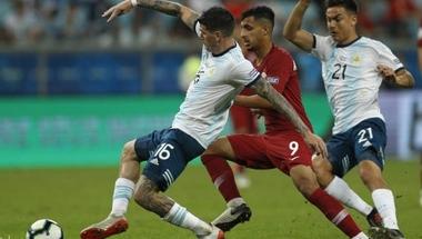 كوبا أمريكا.. الأرجنتين وأوروجواي وبيرو إلى ربع النهائي - 195 سبورتس