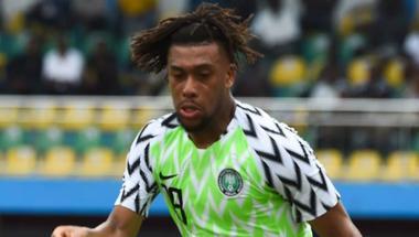 أرسنال يشيد بمستوى لاعبه في مباراة نيجيريا وغينيا