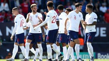 ضربات الحظ تختار إنجلترا على حساب سويسرا - الشباك الرياضي