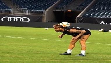 بالفيديو..راموس يستعرض مهاراته الكروية بعد قضاء إجازة شهر العسل - صحيفة صدى الالكترونية