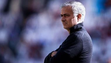 مورينيو يعود لمانشستر يونايتد وتشيلسي عبر الشاشات