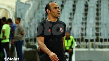 عبد الحفيظ يعلق على اتفاق لاعب الأهلي مع نادي إماراتي ويؤكد: إنبي يرغب في ضم محمد شريف