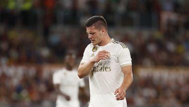 إنتر ميلان يفاوض مهاجم ريال مدريد لوكا يوفيتش - بالجول