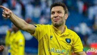الرائد يضم لاعب الوسط السوري جهاد الحسين