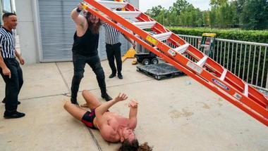 نتائج NXT الكاملة: الحلبة لم تكن كافية لحرب كيليان داين و مات ريدل