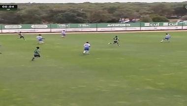 فريق يسجل هدفا دون أن يلمس الكرة - صحيفة صدى الالكترونية