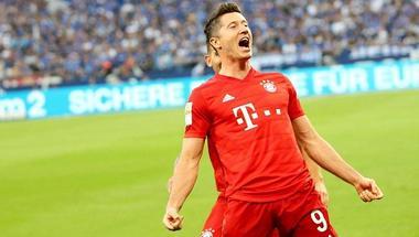 ليفاندوفسكي يسجل أول هاتريك في الموسم الجديد للدوري الألماني