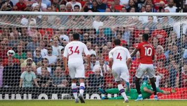 الإساءات العنصرية في كرة القدم تسلّط الضوء على مواقع التواصل الاجتماعي