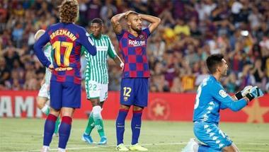 رافينيا يتسبب في أزمة بين مدرب فالنسيا ومالك النادي