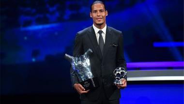 فيردناند ينتقد تتويج فان دايك بجائزة أفضل لاعب في أوروبا