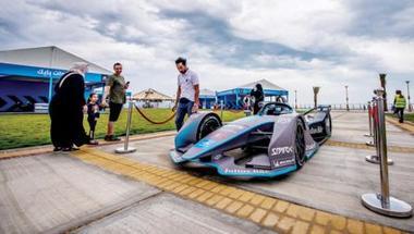 اتحاد السيارات ينهي الدورة التدريبية لـ«فورمولا إي» في جدة