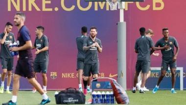 """عودة """"البرغوث"""".. ميسي يزين قائمة برشلونة لمواجهة دورتموند"""