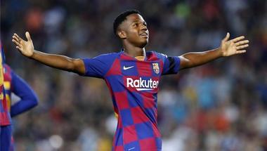 أنسو فاتي على وشك تجديد عقده مع برشلونة