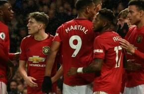بالدرجات.. تقييم لاعبي مانشستر يونايتد في الخسارة من ليفربول بثنائية في الدوري الإنجليزي - بالجول - الرياضة