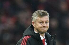 لاعب مانشستر يونايتد يعترف بخيانة سولسكاير.. والإدارة تهدده بالإقالة - الرياضة