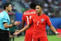 الحكم الصربي أدار نهائي كأس القارات 2017 بين ألمانيا وتشيلي وشهدت المباراة لغطاً تحكيمياً كبيرًأ ومباراة السوبر الأوروبي بين  ريال مدريد وإشبيلية