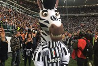 يوفنتوس بطلاً للدوري الإيطالي للمرة الخامسة علي التوالي