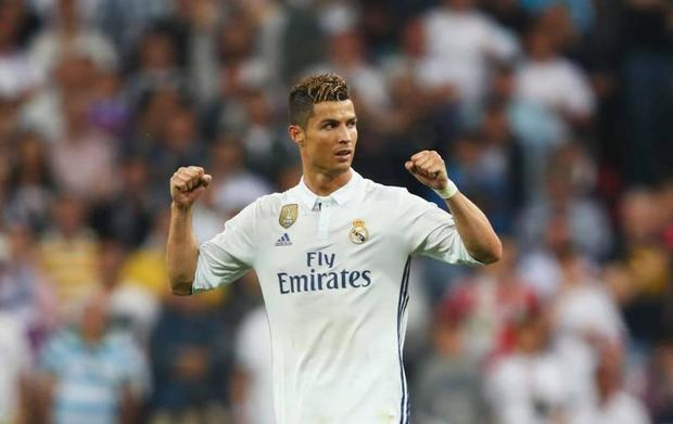 رونالدو يكشف عن كيفية انتقاله من ريال مدريد إلى يوفنتوس لصحيفة مارجريتا ولماذا إختار يوفنتوس على باريس واليونايتد وإسي ميلان .