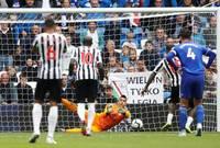 هذه أسوأ بداية لنيوكاسل في تاريخ الدوري الإنجليزي بعد 9 مباريات، تعادلين بدون أهداف و 7 خسائر.