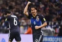أوكازاكي نجم منتخب اليابان