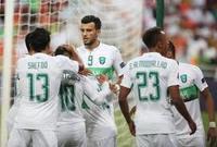 هداف لقاءات الفريقين هو نجم هجوم الأهلي عمر السومة 7 أهداف