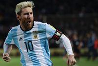 وأضاف التقرير أن وسائل الإعلام لن يكون مسموح لها إجراء حوارات صحفية مع النجم الأرجنتيني أثناء الرحلة