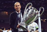 لعب زيدان مع ريال مدريد 149 مباراة