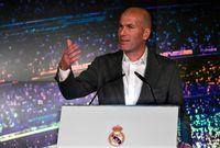 حصل ريال مدريد على 9 بطولات مع زيدان وهي 3 بطولات دوري أبطال أوروبا